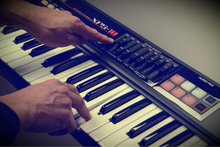 Новинка от Roland: синтезатор XPS-10