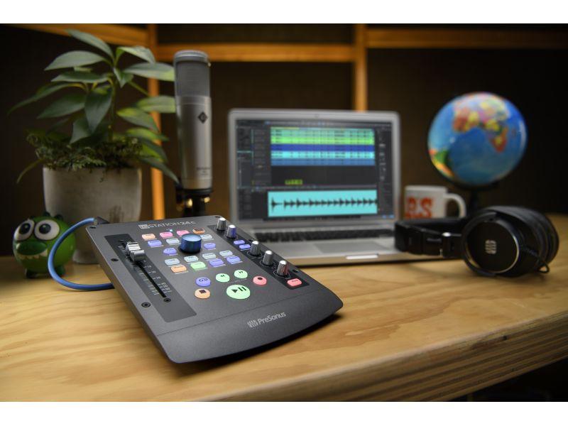 Купить PreSonus ioStation 24c USB-аудиоинтерфейс с контроллером