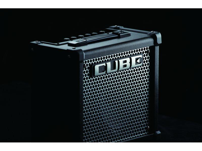 Купить Roland Cube-10GX Комбоусилитель гитарный